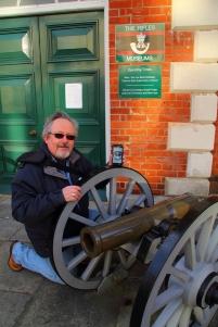 Zafarranchito de guardia en el Museo de los Fusileros Británicos en Winchester, UK