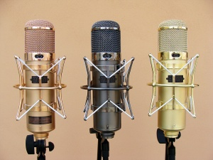 Tres micrófonos