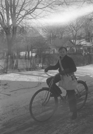 Toronto_Star_paperboy_Whitby