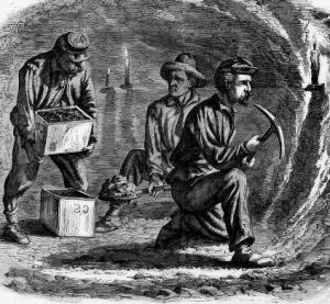 Mineros excavando