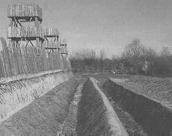 Trinchera romana en Alesia ByN