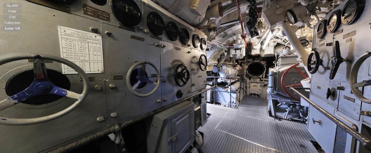 Sala de motores y torpedos de popa