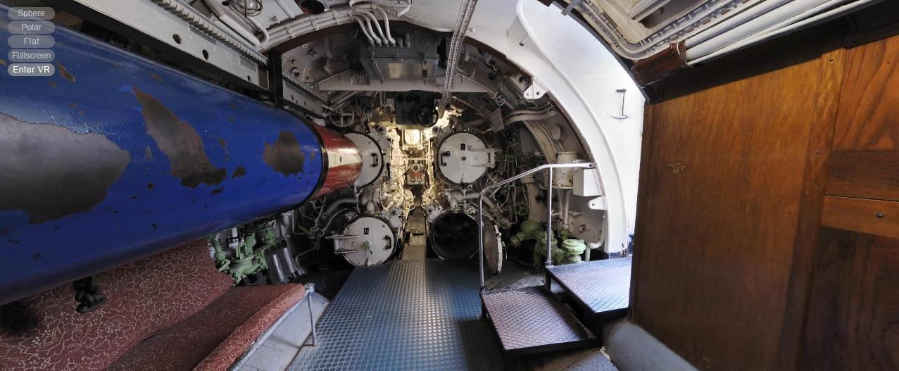 Sala de torpedos de proa