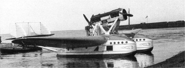 Un Savoia Marchetti S.55P III soviético, de la Aeroflot, con góndolas amplias para transportar pasajeros y mercancías por Siberia.