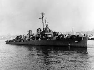 USS Johnston (DD-557) el 27OCT43
