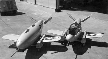 Dos Gárgolas a prueba en el Desierto de Mojave en 1946