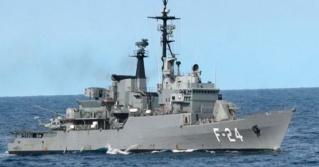 Fragata F24 tipo Lupo